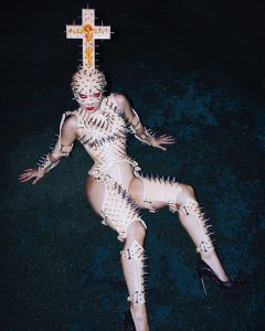 Orthodox Hellraiser - Karina Akopyan, Photographer: Izaskun Gonzalez